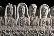 Hisarçandır'dan Ele Geçen Marcus Aurelius Kamoas ve Ailesine Ait Lahit Mezar